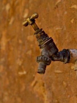 כיצד חיטוי מאגרי מים מתבצע?